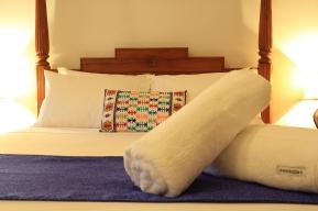 Bali @ Avalon ( Mandurah B&B) Luxurious and comfortable spaces.